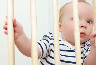 寶寶爬行:包含幫助寶寶爬行技巧的家長指南